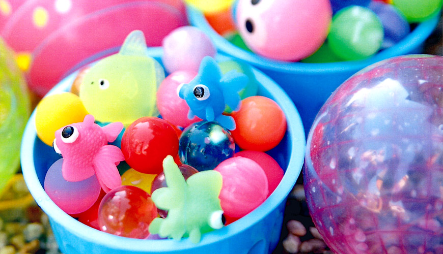 スーパーボール・金魚やアヒルのすくい人形・カップ・ポイ 各種ございます